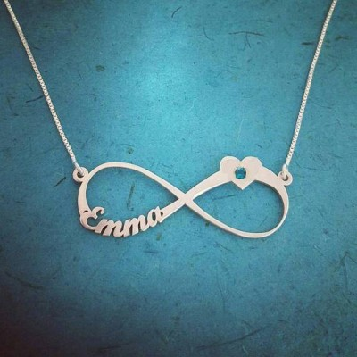 Infinity Necklace with Name Infinity Name Necklace Silver Infinity Nameplate Personalized Infinity Chain Forever Symbol Infinity Style