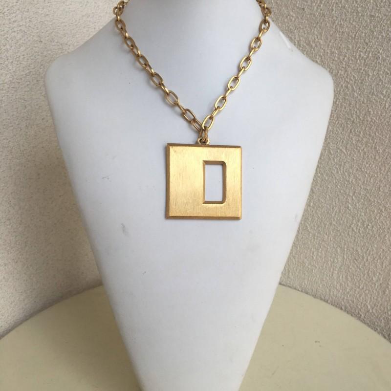 Vintage hip Hop Glam Trifari goldtone chain necklace letter D pendant