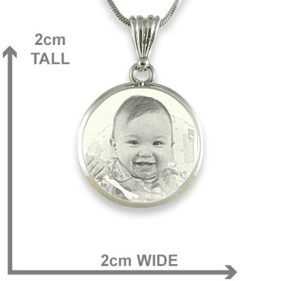 925 Sterling Silver Photo In Circle Pendant Necklace - Name My Jewelry ™