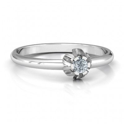 Solitaire Gemstone Ring in a Scalloped Setting  - Name My Jewelry ™