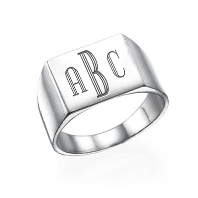 Monogrammed Signet Ring in Silver - Name My Jewelry ™