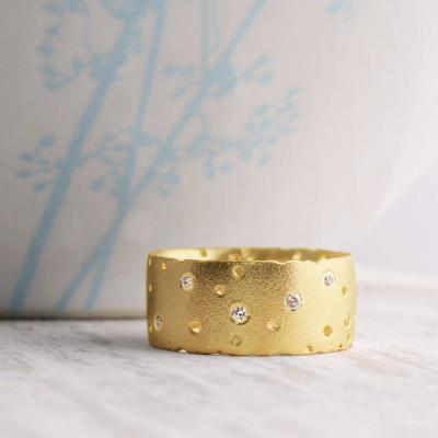 18ct Yellow Gold And Diamond Ring - Name My Jewelry ™