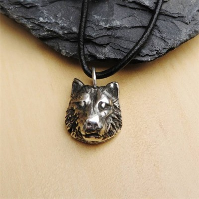 Silver Wolf Head Necklace - Name My Jewelry ™